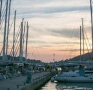 Widok na flotę jachtów w Chorwacji
