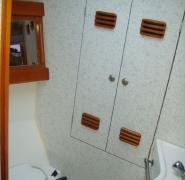 Toaleta na jachcie Elan 431