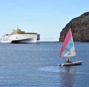 33-wyspy-kanaryjskie-mala-zaglowka-i-statek