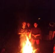 szanty przy ognisku