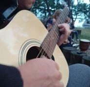 granie-szant-na-gitarze