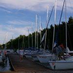 Rejsy żeglarskie jachtem po Mazurach dla rodzin, grup oraz na życzenie