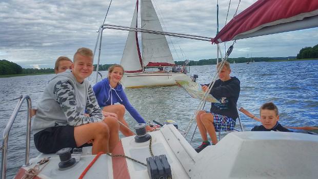 żeglarskie wycieczki turystyczne dla dzieci