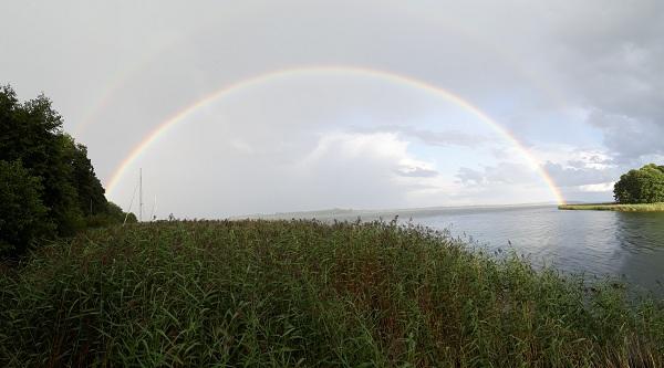 tęcza nad jeziorem Śniardwy