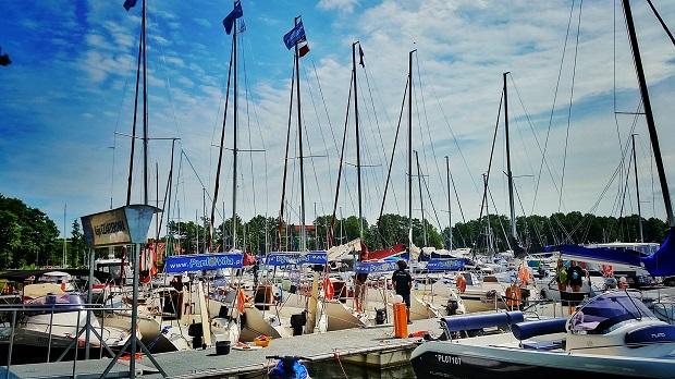 jachty do rejsów młodzieżowych
