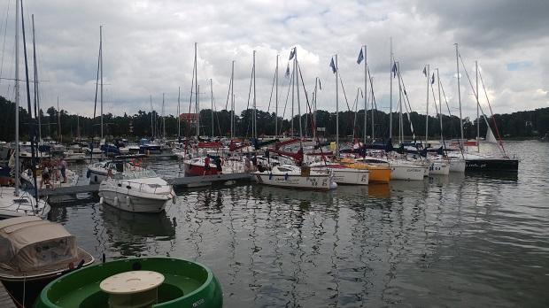 jachty na kurs żeglarski dla młodzieży