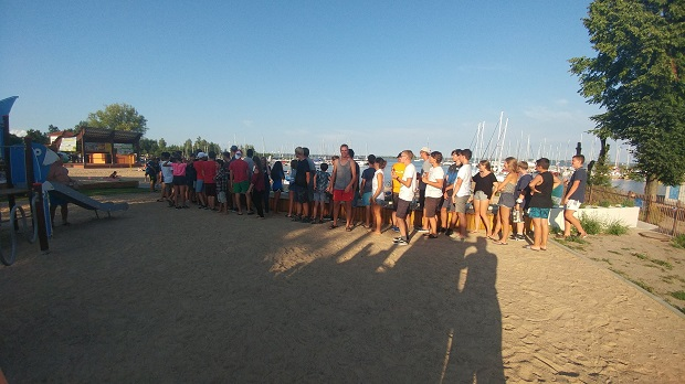 zbiórka do szkolenia żeglarskiego dla młodzieży