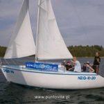 Jacht Tango 780. Mazurski klasyk, którym pływaliśmy w poprzedniej dekadzie