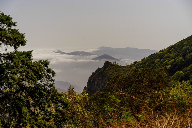Przelot na São Nicolau i wspinaczka na Monte Godro