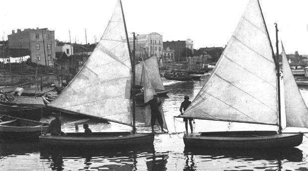 pierwsze jachty polska