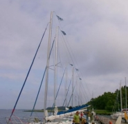 Zacumowane jachty - Mazury 2009