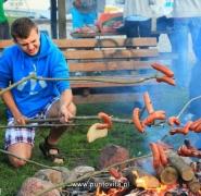 Przygotowanie posiłku na ognisku