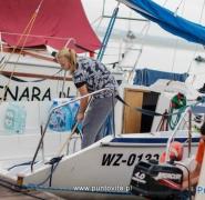 Czyszczenie pokładu jachtu