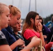 Młodzież na szkoleniu z żeglarstwa