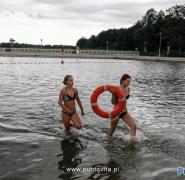 Młodzież w jeziorze 2014