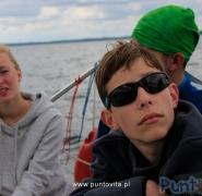 Młodzi żeglarze na Mazurach