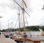 zacumowany-jacht-mazury-2015